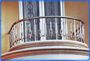 tiara-jaya-balcon2