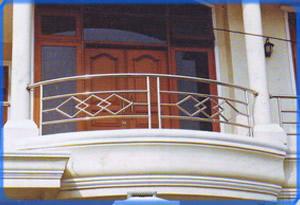 tiara-jaya-balcony