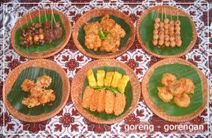 goreng-gorengan-soto-kudus-muria