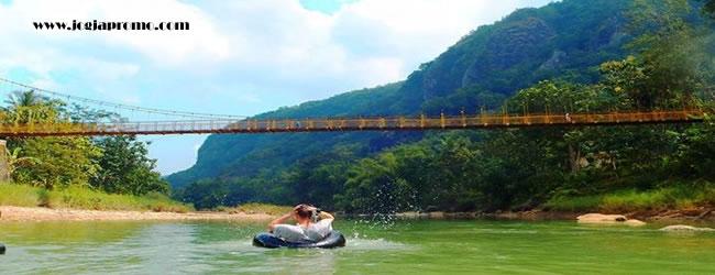jembatanGantung