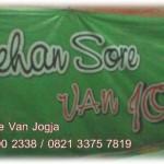 Lesehan Sore Van Jogja